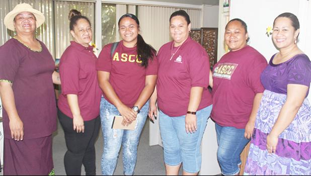 [l-r] Mona A. Pati along with four-students — Tumuatasi Lefatia, Marjorie Su'a, Avea Roache, and Iemaima Mea'ole