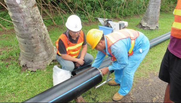 Contractors work on the Te Mato Vai water project in Rarotonga, Cook Islands [Photo: Phillipa Webb / Cook Islands News]