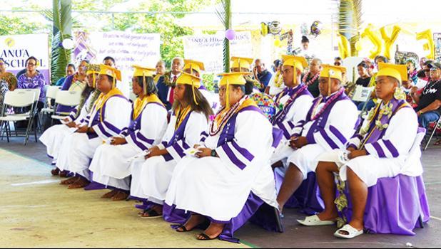 The ten graduates of Manu'a High School