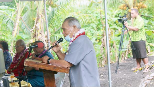 Gov. Lolo Matalasi Moliga at a podium speaking