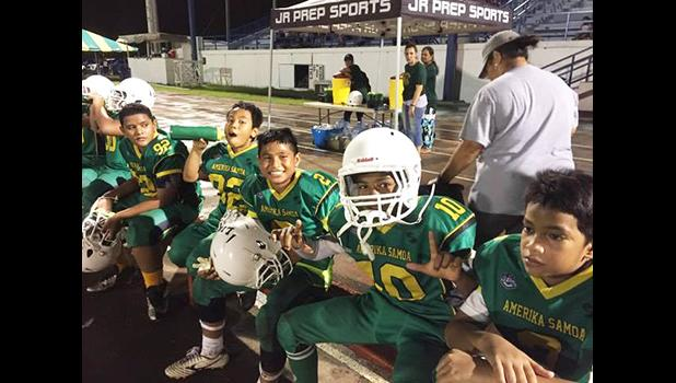The two main players of the JPS Leone Lions Metuliki Tupou and Misa Paiau, who sidestepped and outran defenders of the JPS Nuuuli Wildcats last Thursday night which lead them to the Championship this Saturday with the score 26- 6. [photo:EM]