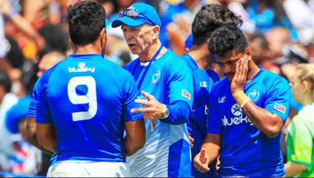 Sir Gordon Tietjens with Manu Samoa player