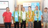 The Prime Minister of Cook Islands officiating the launch of Bluesky-Huawei 4.5G LTE-Advanced network solution with key representatives from both organizations. (From left to right: Dennis Hou - CEO of Huawei Pacific Islands, Phillip Henderson – Country Manager of Bluesky Cook Islands, Henry Puna – Prime Minister of Cook Islands, David Wei – President of Huawei Southern Pacific, Toleafoa Douglas Creevey – CEO of Bluesky Group, and Jack Xu – CEO of Huawei Fiji)  [Courtesy photo]